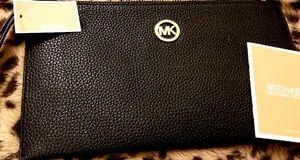 Michael Kors Wallet - Large, Black